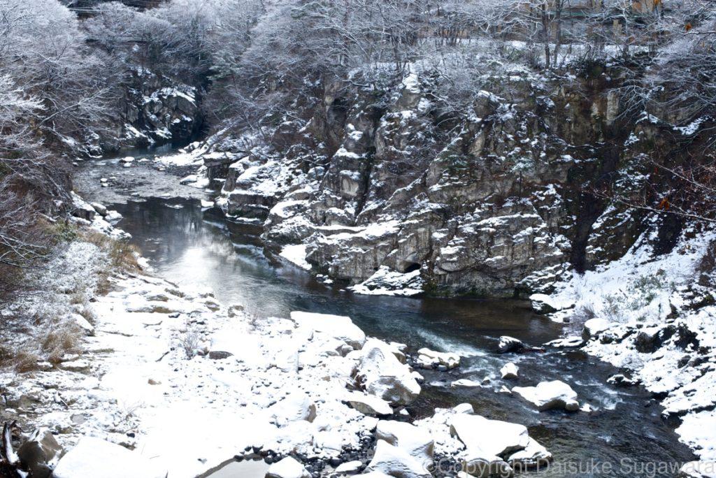 冬の磊々峡