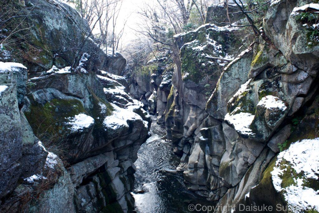 冬の磊々峡2