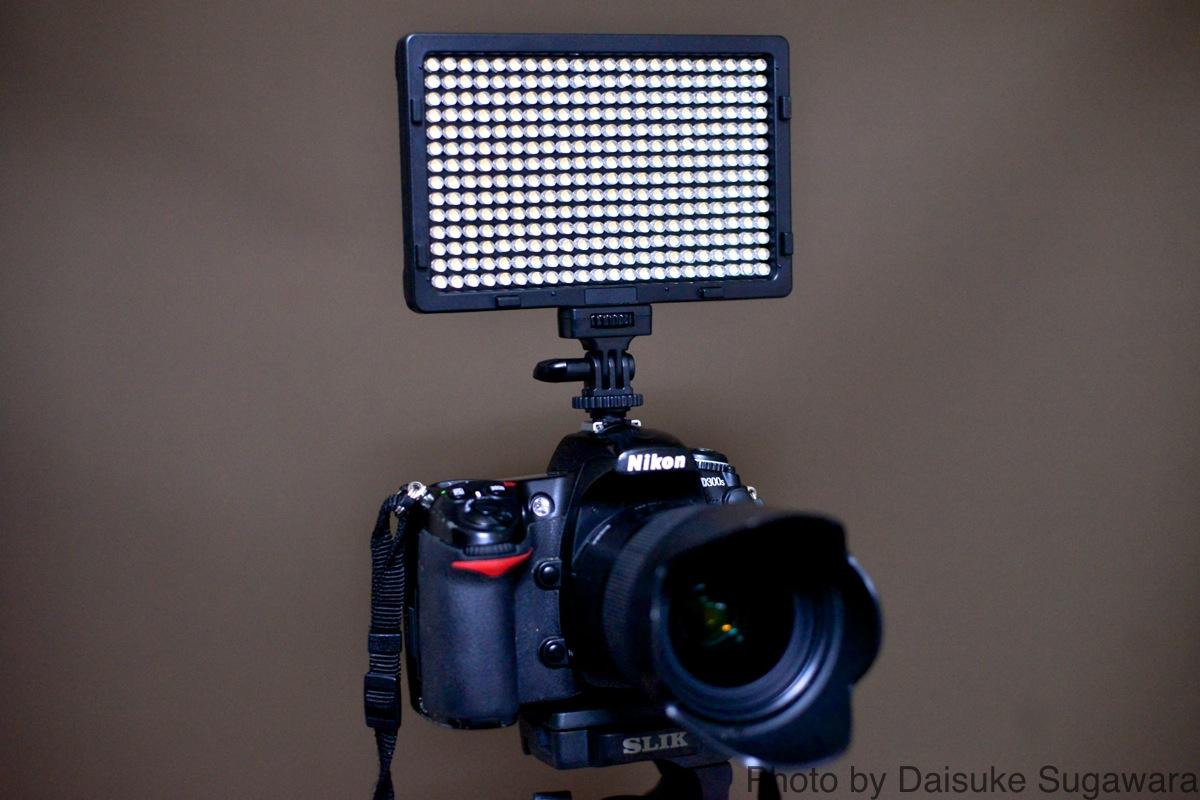 Craphy PT-308をカメラに装着した写真